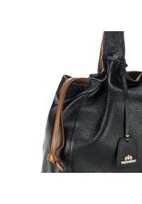Czarna torebka klasyczna Wittchen na ramię