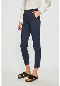 Niebieskie spodnie materiałowe only