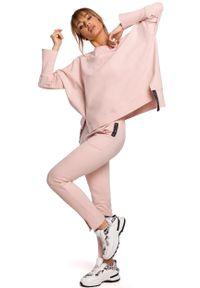 Różowe spodnie dresowe MOE