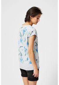 Szara bluza MOODO z nadrukiem, bez kaptura