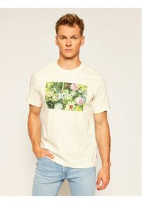 Levi's® T-Shirt Ss Relaxed Fittee 16143-0006 Żółty Relaxed Fit. Kolor: żółty