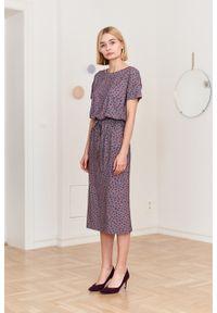 Marie Zélie - Sukienka Elwina Concha beżowa. Okazja: na co dzień. Kolor: beżowy. Materiał: wiskoza, dzianina, materiał, elastan, tkanina, guma. Długość rękawa: krótki rękaw. Typ sukienki: proste. Styl: casual