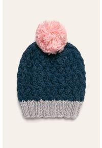 Niebieska czapka ANSWEAR