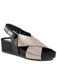 Złote sandały Karino casualowe, na co dzień
