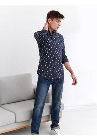 Niebieska koszula TOP SECRET z nadrukiem, długa, z krótkim rękawem, na lato