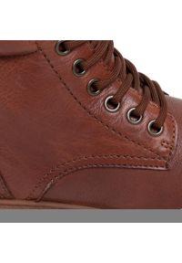 Brązowe buty trekkingowe Tamaris z cholewką