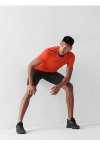 4f - Spodenki do biegania szybkoschnące męskie. Kolor: czarny. Materiał: włókno, dzianina. Sport: fitness, bieganie