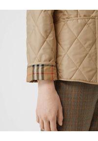 Burberry - BURBERRY - Beżowa kurtka pikowana. Okazja: na co dzień. Kolor: beżowy. Materiał: bawełna. Wzór: kratka. Sezon: wiosna. Styl: vintage, casual