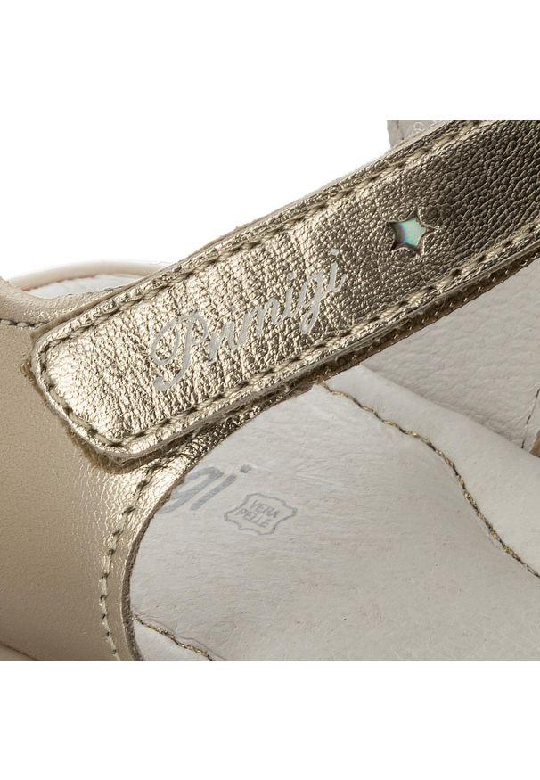Złote sandały Primigi