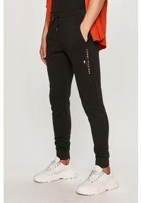 Czarne spodnie dresowe TOMMY HILFIGER gładkie