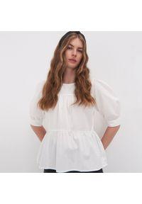 Kremowa bluzka Sinsay