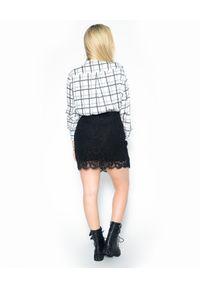 Czarna sukienka mini Pinko w koronkowe wzory, do pracy, biznesowa