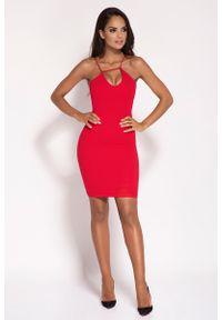 Dursi - Czerwona Sukienka na Cienkich Ramiączkach z Biżuteryjnym Akcentem. Kolor: czerwony. Materiał: nylon, elastan. Długość rękawa: na ramiączkach
