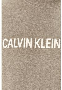Szara bluza nierozpinana Calvin Klein Jeans z nadrukiem, bez kaptura, casualowa