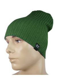 Zielona czapka sportowa, na jesień, w prążki