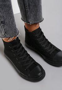 Renee - Czarne Trampki Echimene. Wysokość cholewki: za kostkę. Nosek buta: okrągły. Kolor: czarny. Materiał: materiał, guma. Szerokość cholewki: normalna. Wzór: gładki. Styl: klasyczny