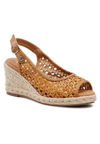 Brązowe sandały Xti casualowe, na średnim obcasie, na obcasie, na co dzień