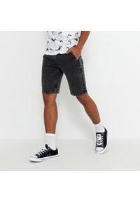 House - Szorty jeansowe z efektem sprania - Czarny. Kolor: czarny. Materiał: jeans