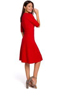 Style - Minimalistyczna klasyczna sukienka. Materiał: bawełna, materiał. Styl: klasyczny