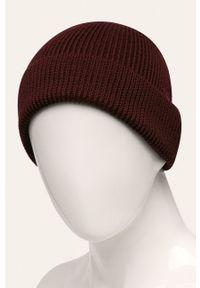 Brązowa czapka Lacoste