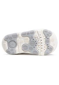 Geox - Sandały GEOX - B N.Balu' G. A B150QA 085MA C1000 White. Zapięcie: pasek. Kolor: biały. Materiał: skóra. Wzór: aplikacja, paski. Sezon: lato. Styl: wakacyjny, młodzieżowy