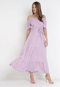 Born2be - Liliowa Sukienka Kissorise. Kolor: fioletowy. Materiał: materiał. Długość rękawa: krótki rękaw. Sezon: lato, wiosna. Długość: midi