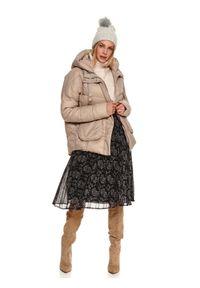 TOP SECRET - Plisowana spódnica we wzory. Okazja: do pracy, na co dzień. Kolor: czarny. Materiał: tiul. Długość: do kolan. Wzór: nadruk. Sezon: zima. Styl: casual