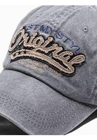 Szara czapka Ombre Clothing