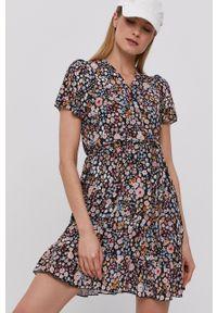Haily's - Sukienka. Materiał: tkanina. Długość rękawa: krótki rękaw