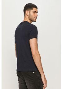 Niebieski t-shirt s.Oliver na co dzień, z nadrukiem, casualowy