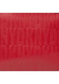 Czerwona torebka klasyczna DKNY na ramię