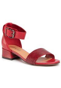 Czerwone sandały Lasocki