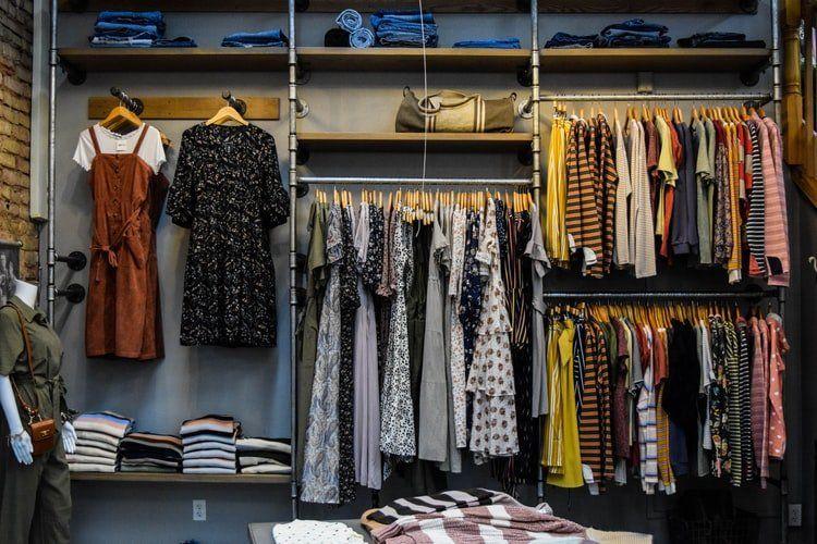 Trussardi - co to za marka? Ubrania i dodatki Trussardi Jeans