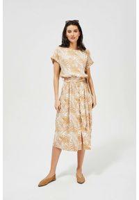 MOODO - Sukienka z wiskozy z wiązaniem. Okazja: do pracy, na co dzień. Materiał: wiskoza. Wzór: nadruk. Typ sukienki: proste. Styl: casual, retro