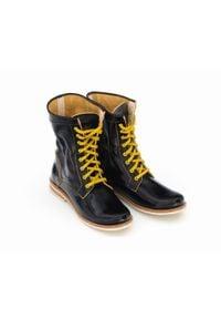 Zapato - sznurowane botki na niskim obcasie - skóra naturalna - model 424 - kolor żółty naplak. Okazja: na spacer. Wysokość cholewki: za kostkę. Kolor: żółty. Materiał: skóra. Obcas: na obcasie. Styl: sportowy. Wysokość obcasa: niski