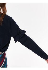Niebieski sweter TOP SECRET na co dzień, casualowy