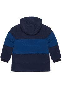 Niebieska kurtka puchowa Lacoste