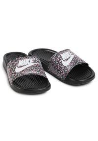 Klapki Nike z nadrukiem