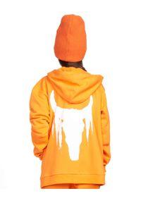 ROBERT KUPISZ - Pomarańczowa bluza Kids White Bull. Typ kołnierza: kaptur. Kolor: pomarańczowy. Materiał: materiał. Wzór: nadruk