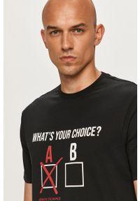 Czarny t-shirt Armani Exchange na co dzień, z nadrukiem, casualowy