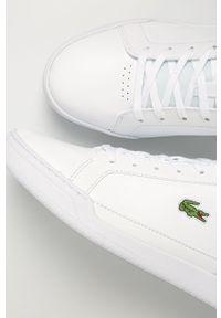 Białe sneakersy Lacoste z cholewką, z okrągłym noskiem, na sznurówki