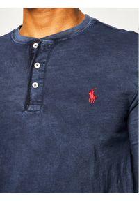 Polo Ralph Lauren Longsleeve Classics 710790058 Granatowy Regular Fit. Typ kołnierza: polo. Kolor: niebieski. Długość rękawa: długi rękaw
