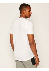 Biała koszulka sportowa Puma