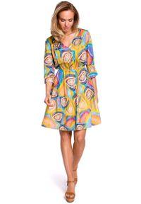 MOE - Wzorzysta Rozkloszowana Sukienka z Guzikami - Model 2. Materiał: wiskoza, poliester, elastan