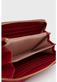 Liu Jo - Portfel. Kolor: czerwony. Materiał: materiał. Wzór: gładki