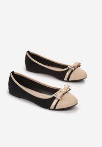 Born2be - Czarno-Beżowe Balerinki Phiphaeia. Nosek buta: okrągły. Zapięcie: bez zapięcia. Kolor: czarny. Materiał: lakier, skóra ekologiczna. Szerokość cholewki: normalna. Wzór: ażurowy, aplikacja. Obcas: na obcasie