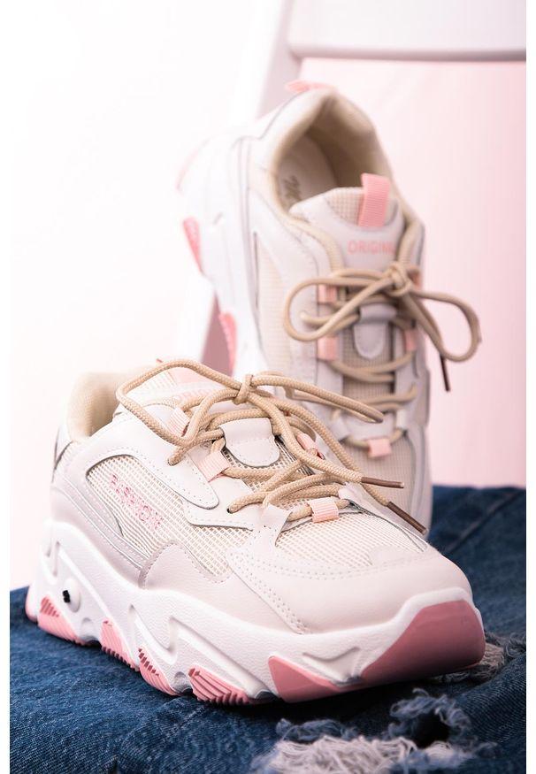Beżowe buty sportowe Casu