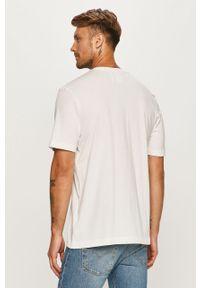 Biały t-shirt adidas Originals casualowy, z okrągłym kołnierzem