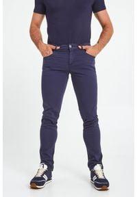 Trussardi Jeans - SPODNIE CLOSE 370 TRUSSARDI. Wzór: aplikacja