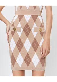 Balmain - BALMAIN - Ołówkowa spódnica w romby. Okazja: na spotkanie biznesowe, na imprezę. Stan: podwyższony. Kolor: biały. Materiał: materiał. Wzór: aplikacja. Styl: biznesowy